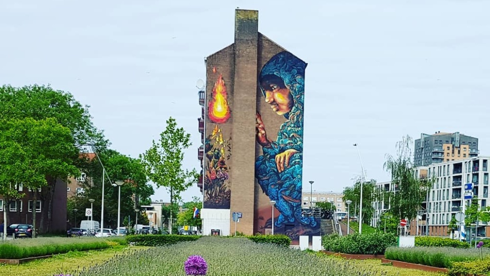 Street art by Bastardilla